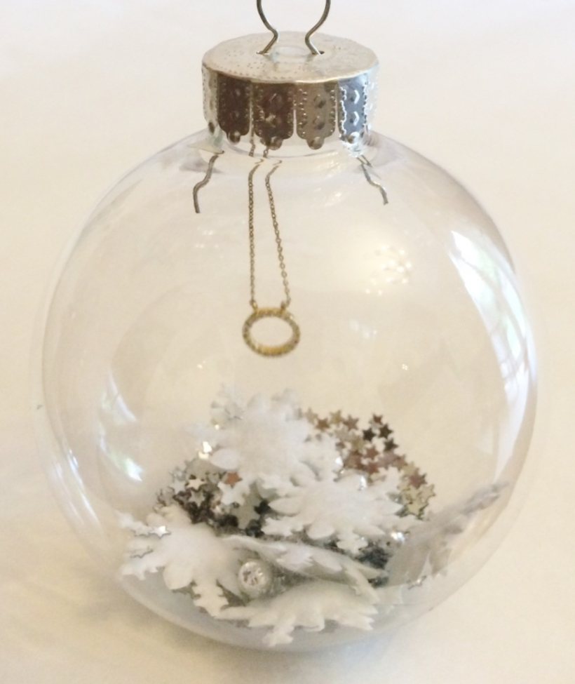 Crack Open The Bauble-y Tutorial