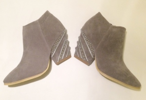 Alaïa-Inspired Boots Tutorial